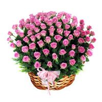 Basket of 100 Pink Roses in India. Place order to deliver 100 flowers to India.