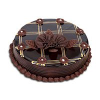 Send Cakes to India : 1 Kg Chocolate Cake to India