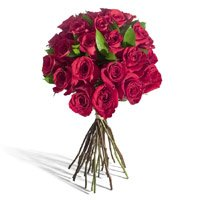 Send Red Roses Bouquet 12 Flowers to Zirakpur. Exclusive Bouquet delivery in Zirakpur