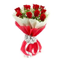 Online Flower Delivery in India. Send Red Roses Bouquet with Crepe Paper including 12 Flowers to India